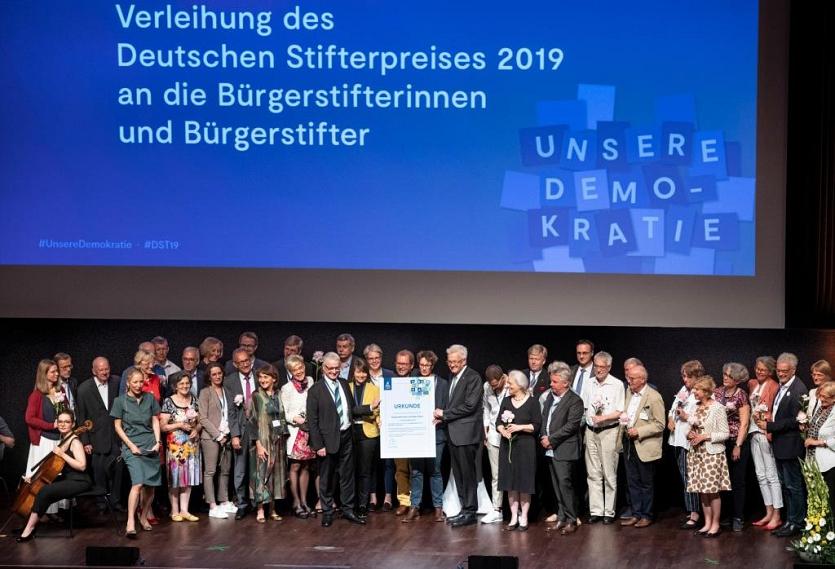 Gruppenfoto Preisverleihung©Bundesverband Dtsch. Stiftungen