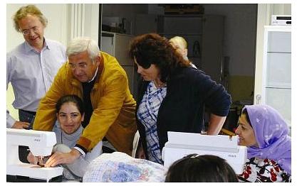 Ließen sich das Fesch`n-Projekt vor Ort zeigen und unterstützten tatkräftig - die Vorsitzenden der Bürgerstiftung Heidi Knust (re.) und Hans-Jürgen Meyer