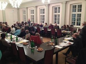 Treffen der Organisationen im Ratssaal